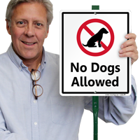 No dogs allowed sign for yard