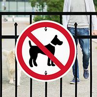No Pets symbol Sign