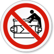 Do Not Climb ISO Sign