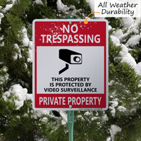 No trespassing sign for yard