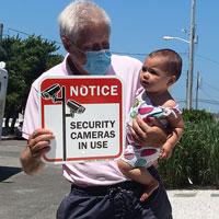 Security cameras sign