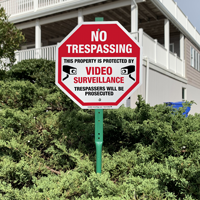 Video surveillance sign for entrance