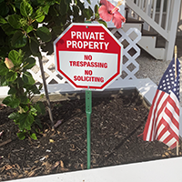 Private property no trespassing, no soliciting sign for yard